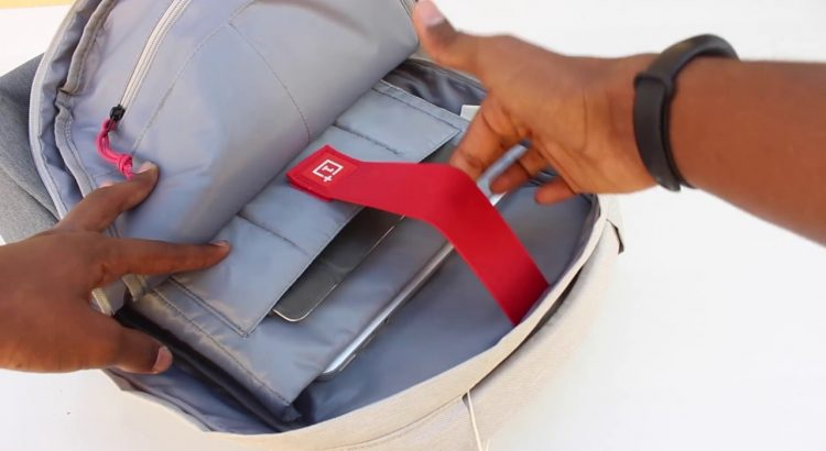 Oneplus Travel Backpack | Unboxing and quick look | Just Another YouTu...
