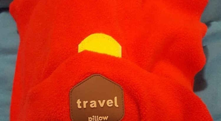 TRAVEL PILLOW Super Soft Neck Support for Airplanes (Black)
