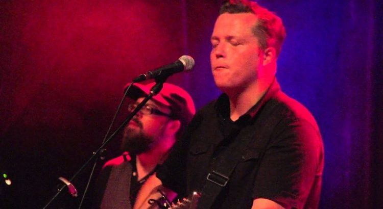 """Jason Isbell & the 400 Unit """"Traveling Alone"""" live at The Bluebird in ..."""