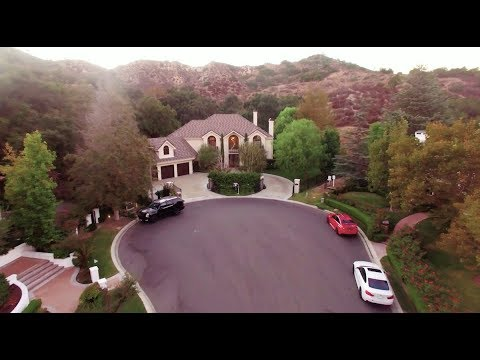 Family Sells Dream Home To Travel The World With 3 Children - Griggs G...