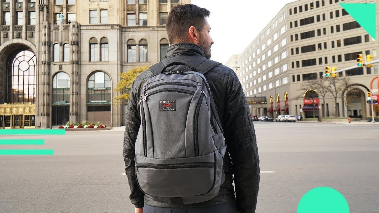 Tom Bihn Synapse 25 Review | Innovative Minimal One Bag Travel Backpac...